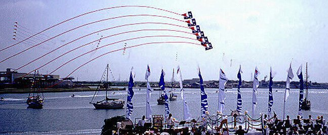 Diamond Show Kite Trains from Kiteman Productions Disney Magic