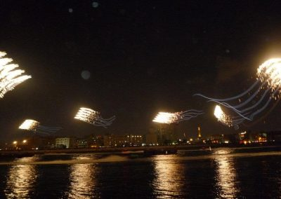 UAE Kite Trains with Fireworks from Kiteman Productions